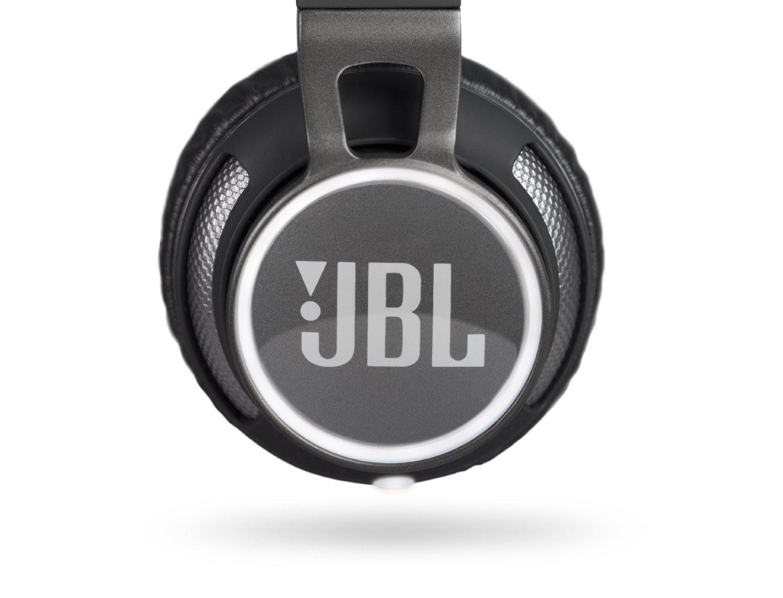 JBL Synchros S400BT touch control